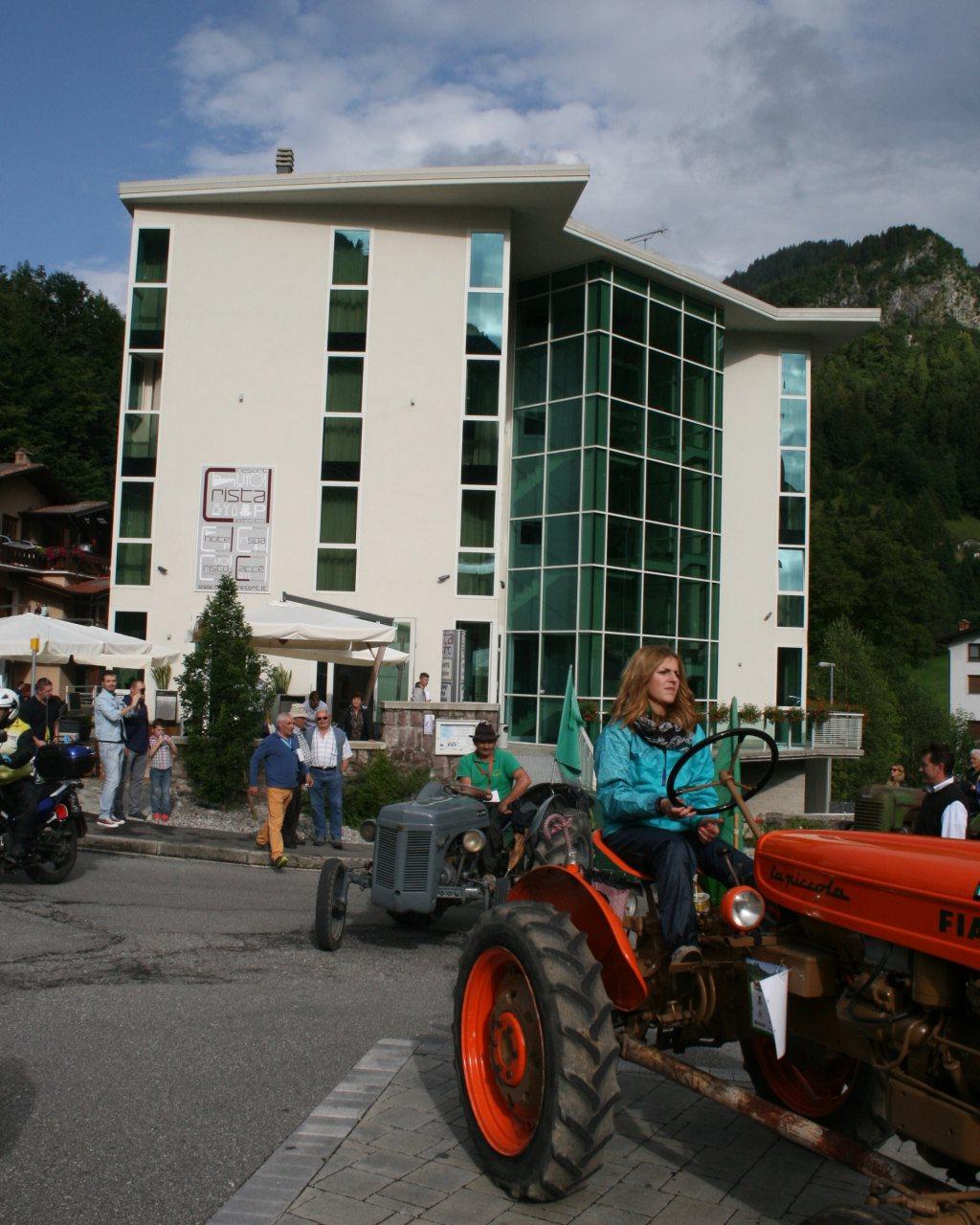 Ankunft: Piazza San Colombano (974 mt)